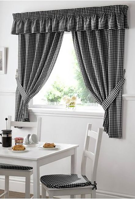 Dorothy Gingham Black Curtains